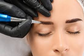 Best Eyebrows transplantation surgeon in Hyderabad, hair restoration specialist near me